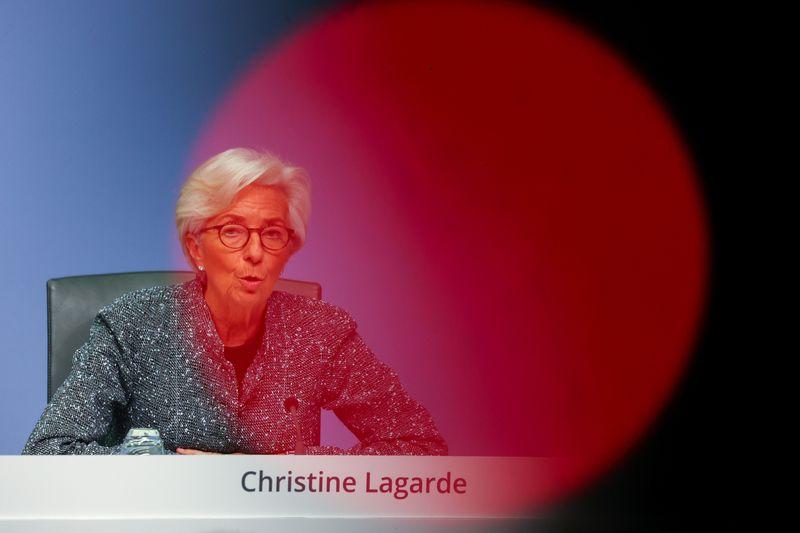 Superamos o piora mas recuperação será desigual, diz Lagarde